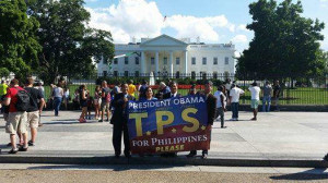 TPS supporters in front of the White House, Washington, D.C. (USP4GG Photo)